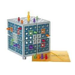 Squashed 3 Dimensional Board Game